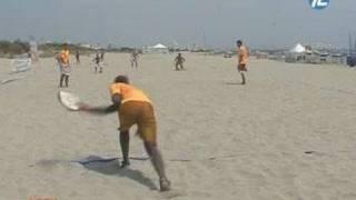 Le tambourin : sport de plage tendance ! (Montpellier)