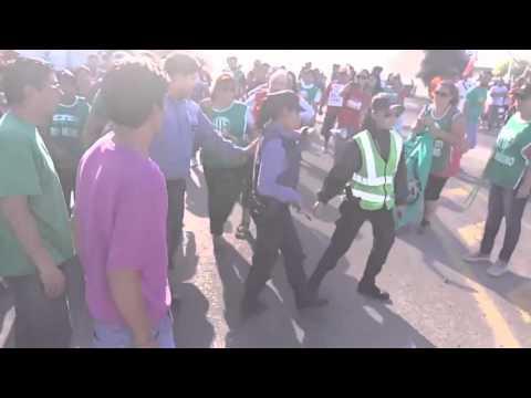 El gremialista que agredió a una policía pidió disculpas por el incidente