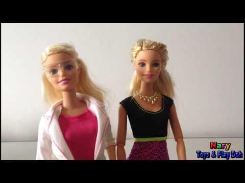 Barbie Girl Dolls Fashion Selfie and Barbie Girl Dolls Scientist