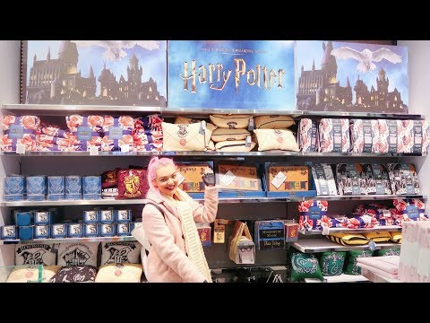 Shop With Me   Primark Harry Potter Christmas Gift Hunting!