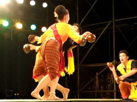 Coconut dance (Esarn)(ASIA MONTH in FUKUOKA 2008.10.12)