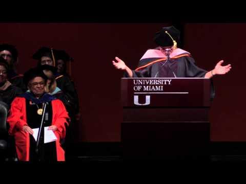 Jimmy Buffett offers advice in 2015 University of Miami graduation speech