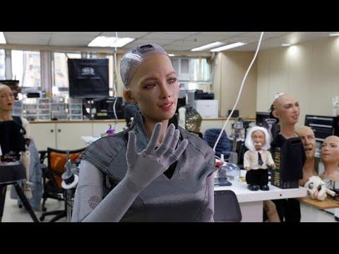 مبتكرو -صوفيا- يخططون لإنشاء جيش من الروبوتات في عام 2021  - نشر قبل 2 ساعة