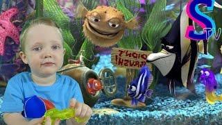 Детская игра- рыбалка. Ловим рыбок. Видео для детей. Распаковка Video for children.(Видео для детей! Сегодня мы с Серегой поиграем в интересную детскую игру-Ловим рыбок! И получим массу положи..., 2016-03-31T10:39:27.000Z)
