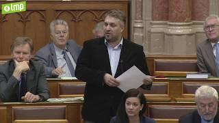 A Kormány Sok Kisgazdaságokról Beszél, De Valójában 60 Nagybirtokos Nyert A Fölprivatizációval