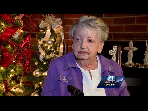 Greenville County woman wishes for Christmas decorations for her front yard tree