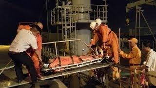 Cứu thuyên viên Philippines bị đau tim gần vùng biển Hoàng Sa