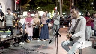 Download lagu Menunggu kamu ; Anji cover BY Tofan ; pengamen yogyakarta