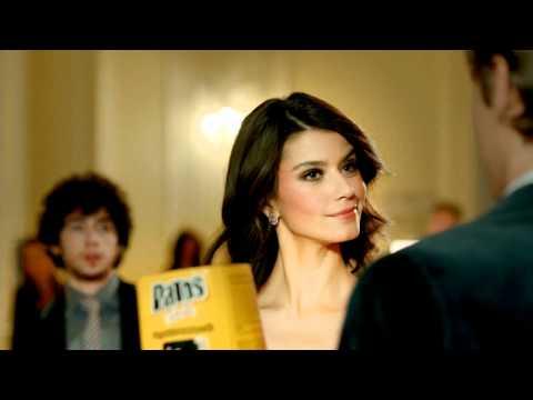Beren Saat 2011 Patos Rolls Advertisement 'Full Version' HD