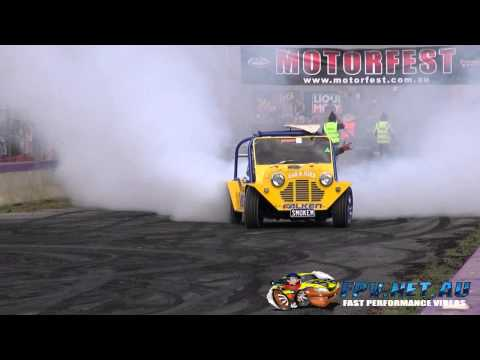 SMOKEM MINI MOKE V8 BURNOUT AT LARDNER PARK MOTORFEST 9.3.2013