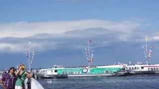 Из Петергофа в Санкт Петербург по Финскому заливу на