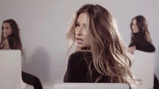 Jessie James Decker - Flip My Hair - Clip