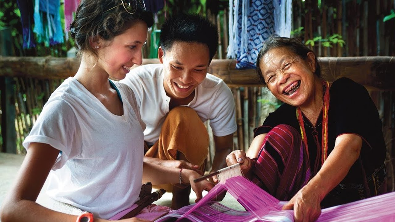 Learning Through Travel  | Rustic Pathways Student Travel