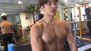 이상대 생활속다이어트 - 어깨 넓어지는 운동 ! 2가지