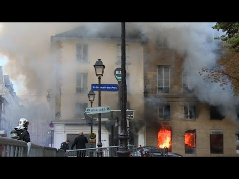Spectacular blaze erupts at library in heart of Paris
