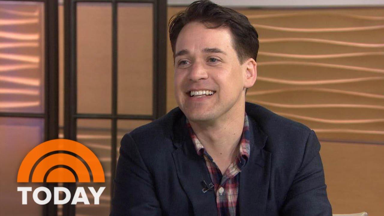 Download T. R. Knight Talks About New Series '11.22.63'   TODAY
