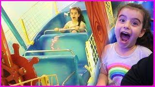 Lunapark Oyun Alanında Gondola Bindik, Çok Eğlendik l Indoor Playground for Kids