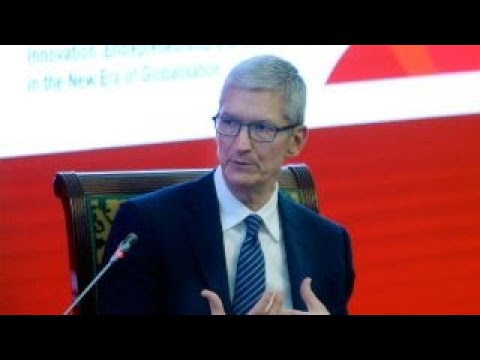 Apple CEO Tim Cook Calls for New Tech Privacy Laws