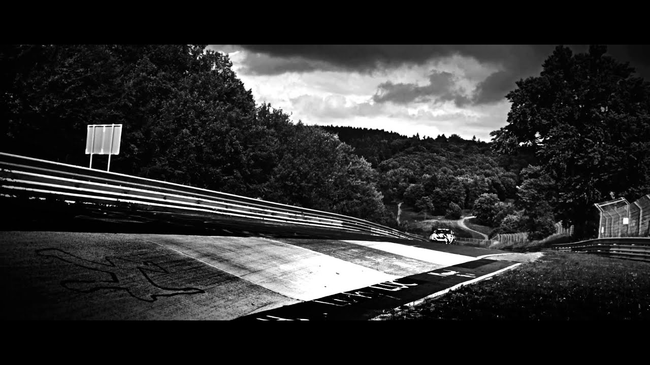 The new Civic Type R takes on the Nurburgring - YouTube