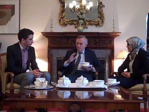 British Ambassador discusses Arab Spring with top Moroccan blogger and journalist