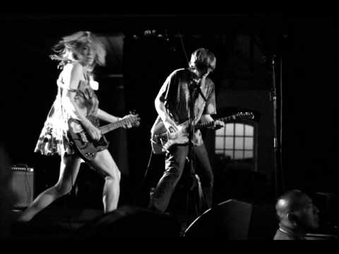 Sonic Youth  -  Beauty Lies In The Eye