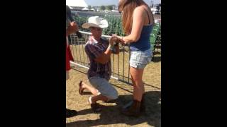 Stagecoach 2013 Marriage proposal, Go Country 105
