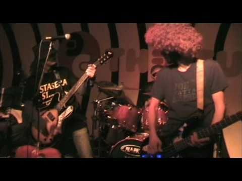 A TE TI PUZZA IL CULO - demenziale by Joe Natta (Versione LIVE ufficiale)