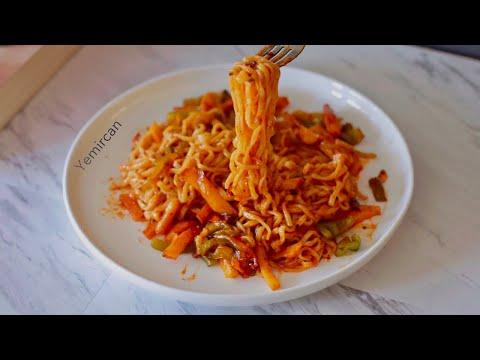 Korean Noodles In Potatoes   اندومي حار بالبطاطس
