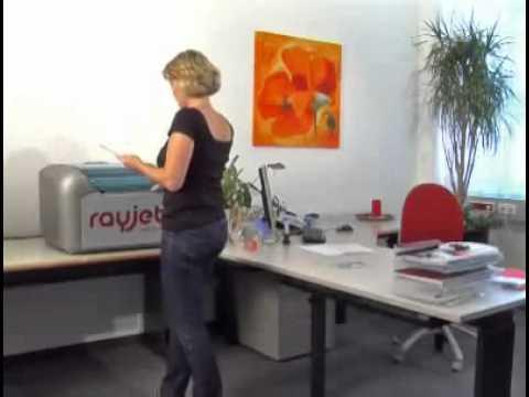 Glass engraving using a desktop laser machine - Rayjet from Trotec ...