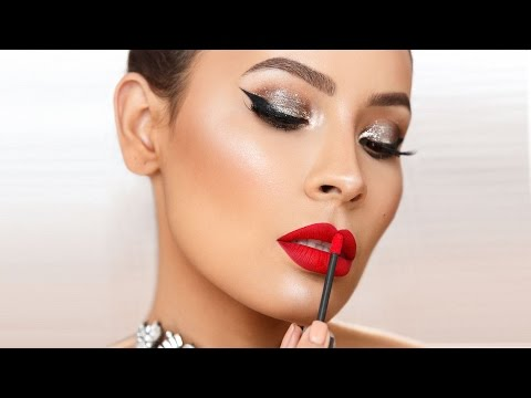 This Is the Easy Holiday Makeup Tutorial Every Beginner Has Been Waiting For