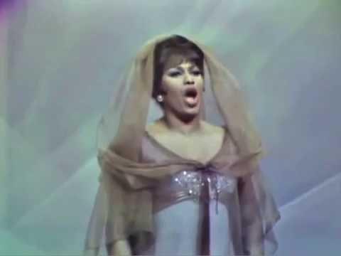 """Leontyne Price sings Verdi's """"Pace, pace, mio Dio"""""""