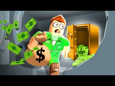 ROBBING A BANK IN ROBLOX!