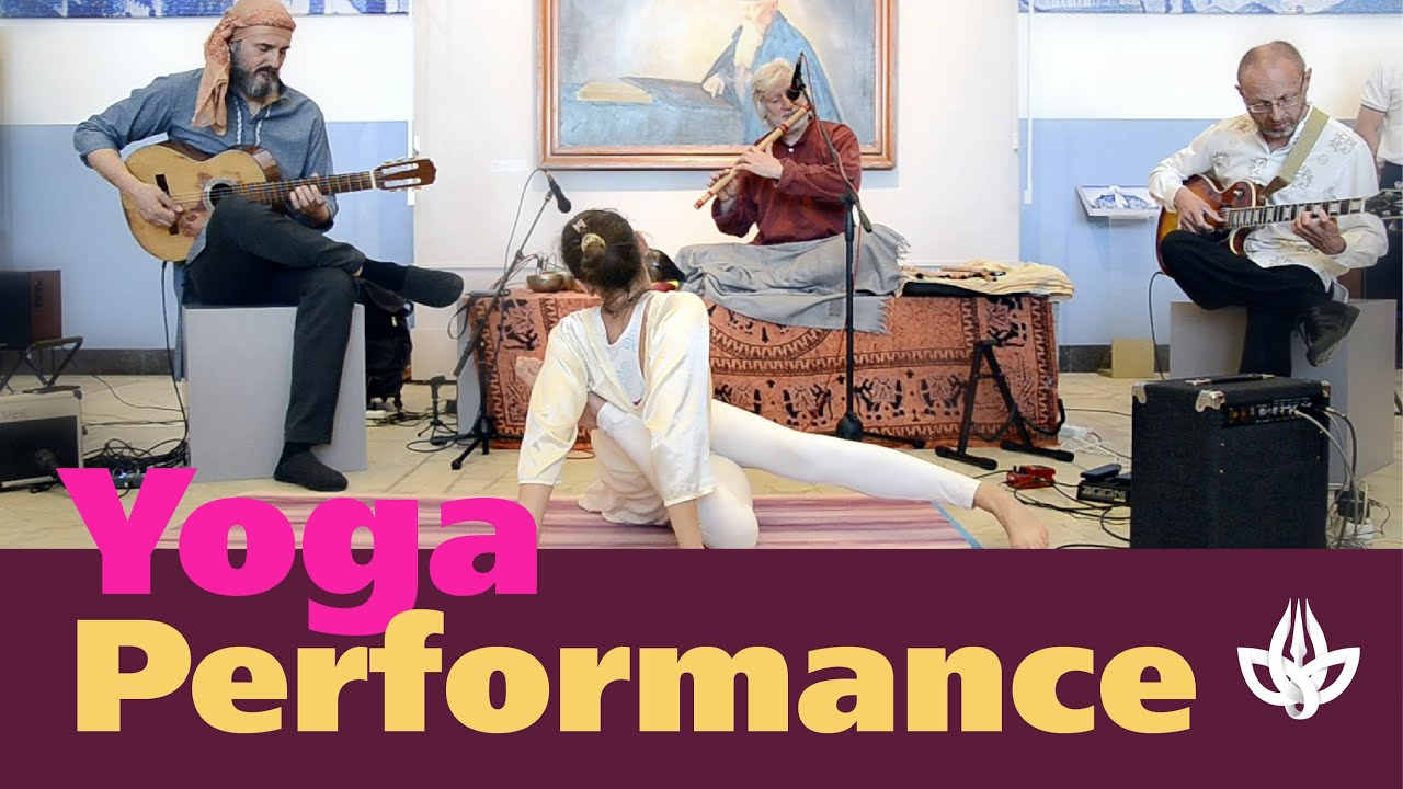 Yoga and Music. Performance at the Museum of the East.