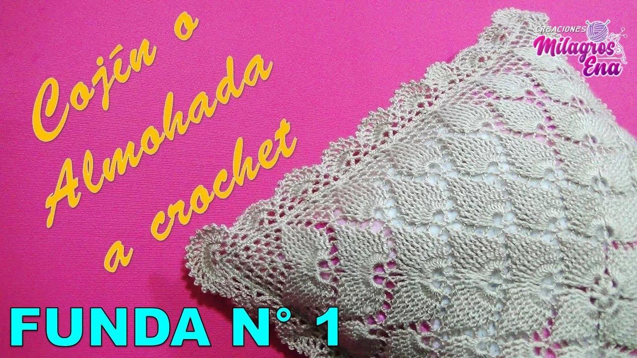 cojn o almohada tejido a crochet paso a paso en puntos hojas en relieves y pavo real
