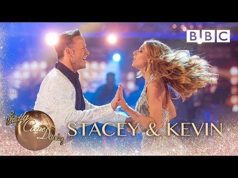Stacey Dooley & Kevin Clifton Show Dance to Land Of A Thousand Dances - BBC Strictly 2018