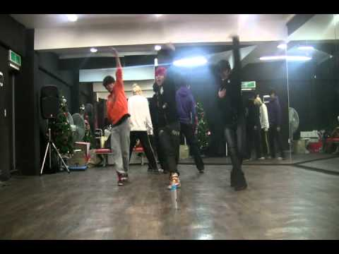 Infinite BTD dance performance!!Scorpion dance