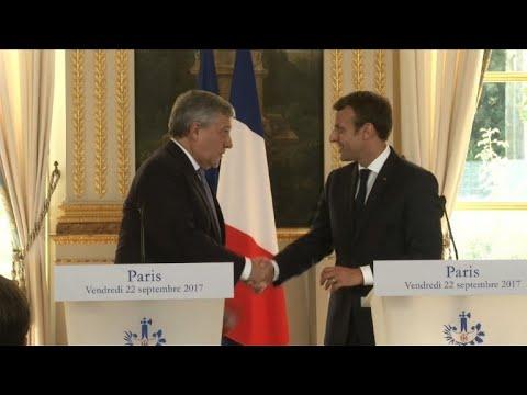 Emmanuel Macron a reçu Antonio Tajani à l