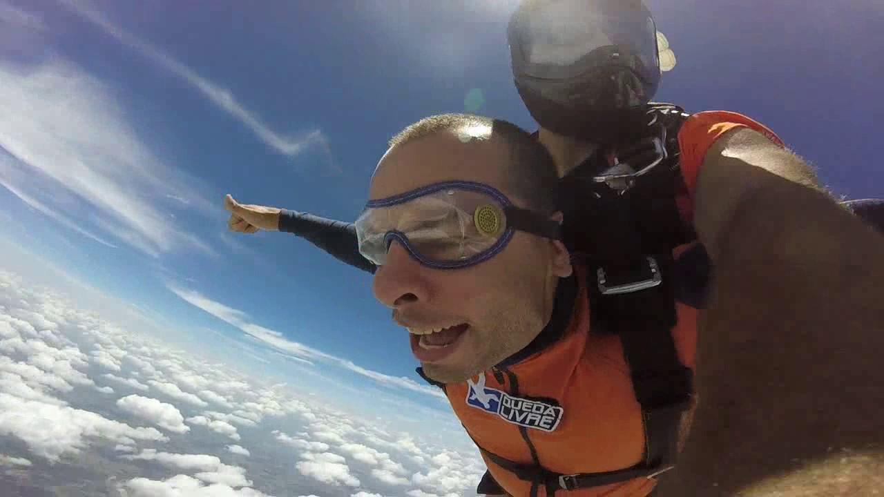 Salto de Paraquedas do Robson na Queda Livre Paraquedismo 28 01 2017