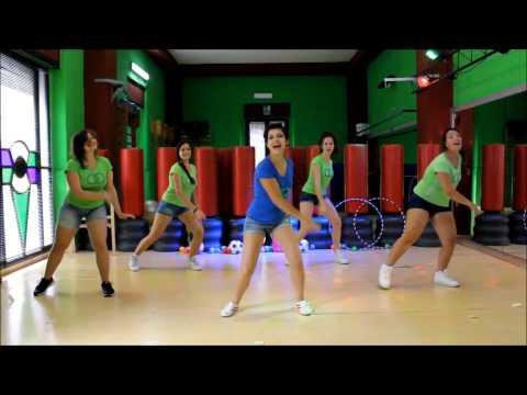 Baby Dance: Pinguino Damerino - CLAMOOR GROOP