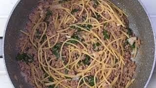 Быстрый обед из макарон с фаршем в соевом соусе