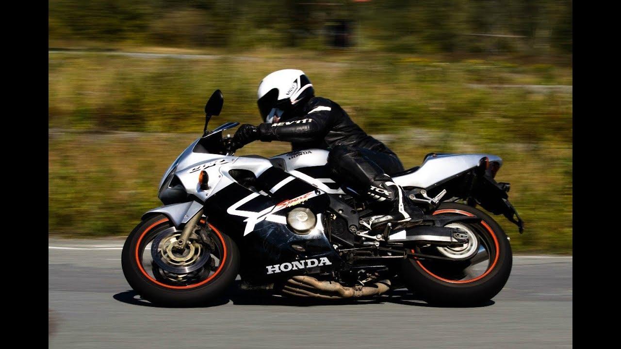 Почему большинство выбирает спортбайк. Самый лучший мотоцикл?