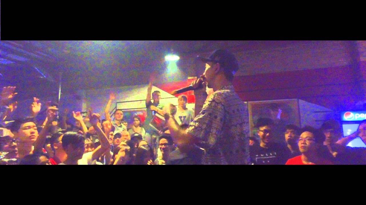 Mơ demo (live at C.C.G Danang)