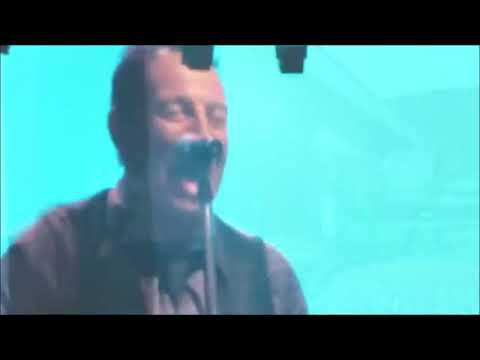 Bruce Springsteen - Highway to Hell (Malcolm Young Tribute, Melbourne 2014)