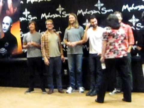 Maroon 5 meet greet 8 1 10 youtube maroon 5 meet greet 8 1 10 m4hsunfo