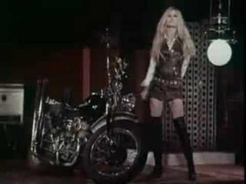 Клип Brigitte Bardot - Harley Davidson