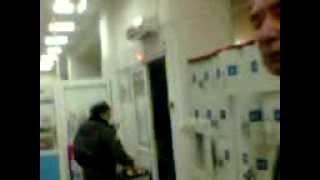 видео Беспредел охраны в ЛЕРУА МЕРЛЕН  Тверь......Позор! Российские реалии европейской компании