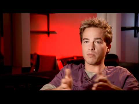 An  with Ryan Carnes Syfy