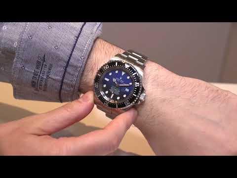 Rolex Deepsea Sea-Dweller 126660 Watch Hands-On | aBlogtoWatch