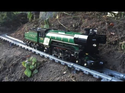 Large/Awesome Lego Train Set. Going through the Garden & House 2016