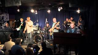 Take Me Back To Chicago- Larry Braggs (Tower of Power) Bill Champlin and Danny Seraphine (Chicago)